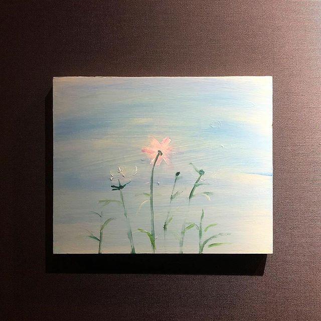 HEARTYギャラリー小池アミイゴ花の絵と絵本「とうだい」の原画展今月16日までとなりました。16日日曜日14時より16時、イラストレーター小池アミイゴさんご本人が在廊してくださる事になりました。この日、絵本「とうだい」と新作「うーこのてがみ」も実際手に取ってご覧いただけます。皆さま、是非足をお運びください!場所  HEARTY時間  14時〜16時〒370-1203高崎市矢中町729-19027-388-8558#ハーティーギャラリー#heartygallery#Flower#小池アミイゴ @amigosairplane @hearty__s
