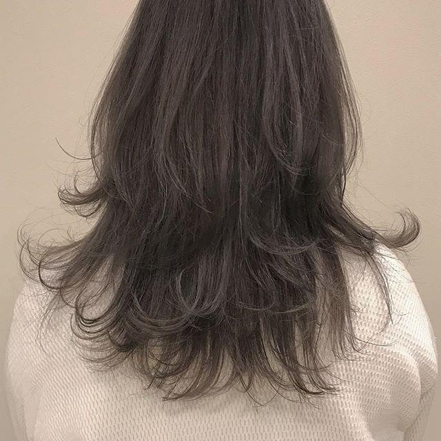 hair ... TOMMY ︎ レイヤーをたっぷり入れた動きのあるstyle💭@abond_tommy #tommy_hair #heartyabond #hearty#アボンド#高崎#高崎美容室