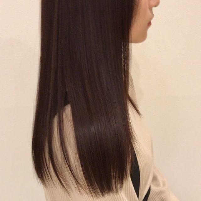ロイヤルトリートメント♀️ぜひ一度この艶とサラサラ髪を味わってください!! 明日空きがございますGWは髪のメンテナンスをしましょう(^_^)♡ GW営業時間9:00〜18:00までとなります。@heartyabond @abond_tommy #tommy_hair #heartyabond#高崎#高崎美容室#トリートメント#ロイヤルトリートメント #つや#つや髪#つやがみ