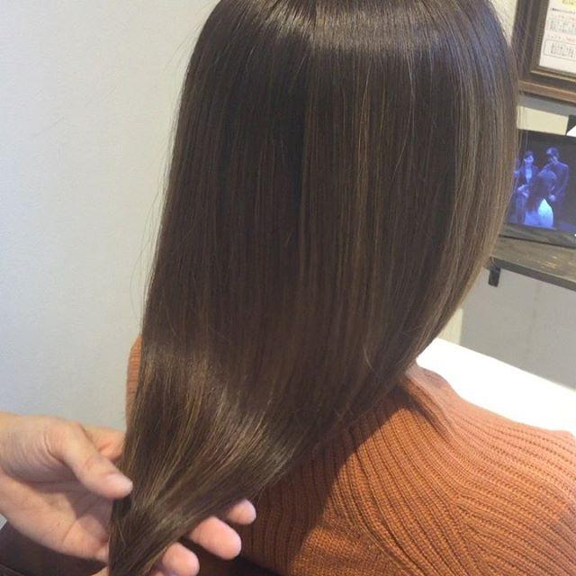 hearty special treatment special treatment は自分本来の素髪に戻してくれます。手触りとツヤが抜群に良くなります。繰り返すことによってどんどん良くなっていきます冬の乾燥はspecial treatmentで潤いを与えましょう🕺🏻 #美髪チャージ #ハーティー #トリートメント #艶髪 #高崎 #美容室 #エイジングケア #艶髪文化 #abond #アボンド #最新 #髪型 #髪質改善 #HEARTY #ケラチン