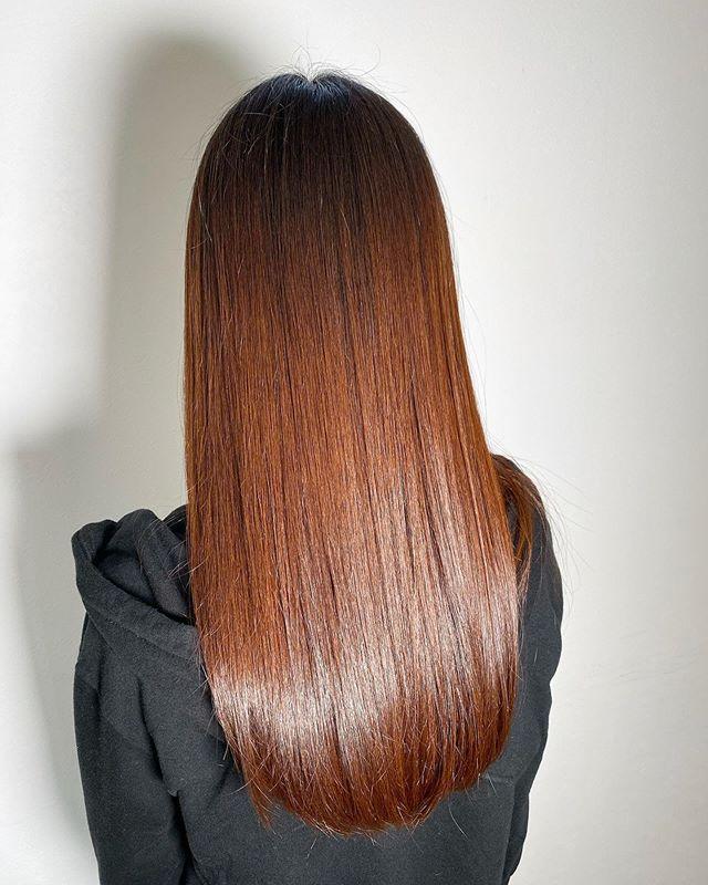 special treatment 自分の素髪に戻してくれるspecial treatment!回数を重ねてくごとに手触り、ツヤ、持ちがupしていきます🤩 ..10000yen〜18000yen +tax.お客様の髪の毛の長さや量によって値段は異なります️ #美髪チャージ #ハーティー #トリートメント #艶髪 #高崎 #美容室 #エイジングケア #艶髪文化 #abond #アボンド #最新 #髪型 #髪質改善 #HEARTY #ケラチン