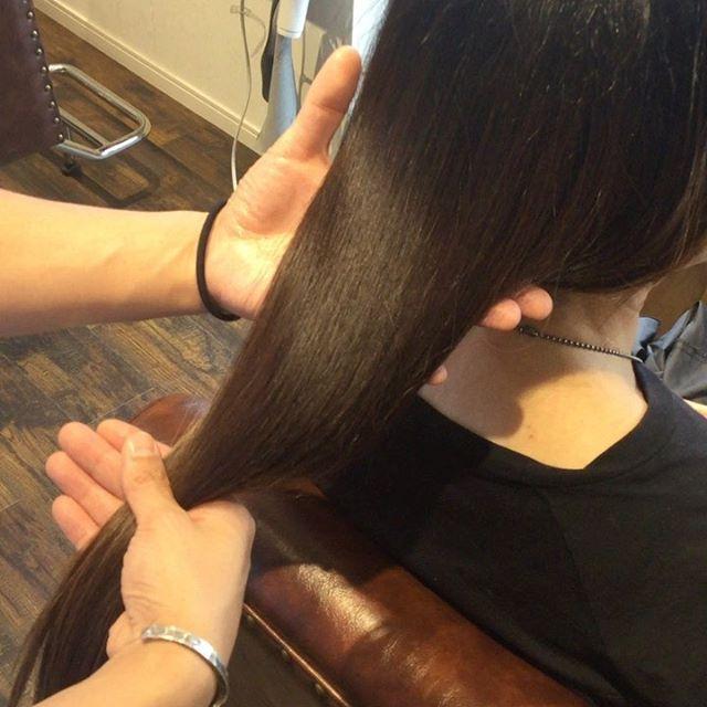 hearty special treatment︎--自分本来の素髪に戻してくれます。また外的刺激から髪の毛を守ってくれ、髪の毛につきやすい臭いもつきにくくしてくれます︎--¥10,000〜18,000 +tax初回はホームケア様のトリートメントも付いてきます。カラーやパーマの繰り返しや乾燥などでダメージしてしまった髪の毛にはとてもオススメです!--#美髪チャージ #ハーティー #トリートメント #艶髪 #高崎 #美容室 #エイジングケア #艶髪文化 #abond #アボンド #最新 #髪型 #髪質改善 #HEARTY #ケラチン