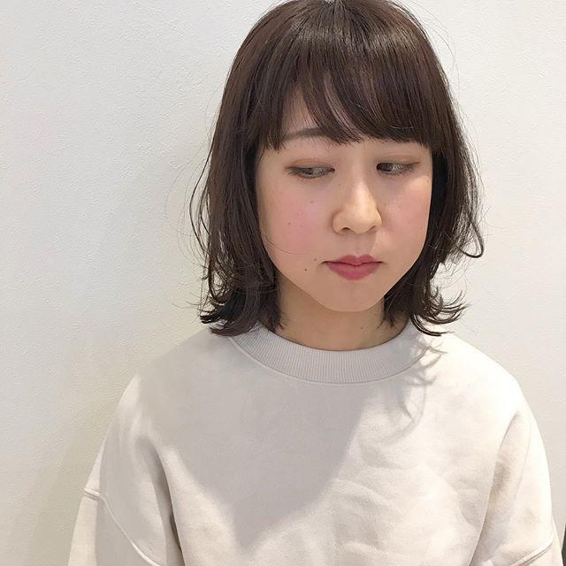 レイヤーボブトップからしっかりレイヤーを入れて髪が動くようにカット︎クセを活かしたい方はレイヤースタイルがオススメ♀️@sugita.ryosuke