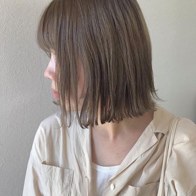 hair ... TOMMY ︎HEARTYのしおりhair 🦙安定のやわらかおベージュ💭12月のご予約は大変混み合いますので、お早めのご予約をオススメいたします♀️ @abond_tommy @heartyabond#tommy_hair #heartyabond#abond#カラー#ヘアカラー#アボンド#高崎#高崎美容室