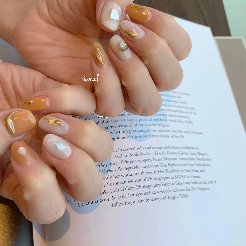 くすみオレンジ⸝⋆#riconail #HEARTY #abond #nail #nails #gelnail #gelnails #nailart #nuancenail #ネイル #ジェルネイル #ネイルケア #ニュアンスネイル #シアーネイル @riconail123
