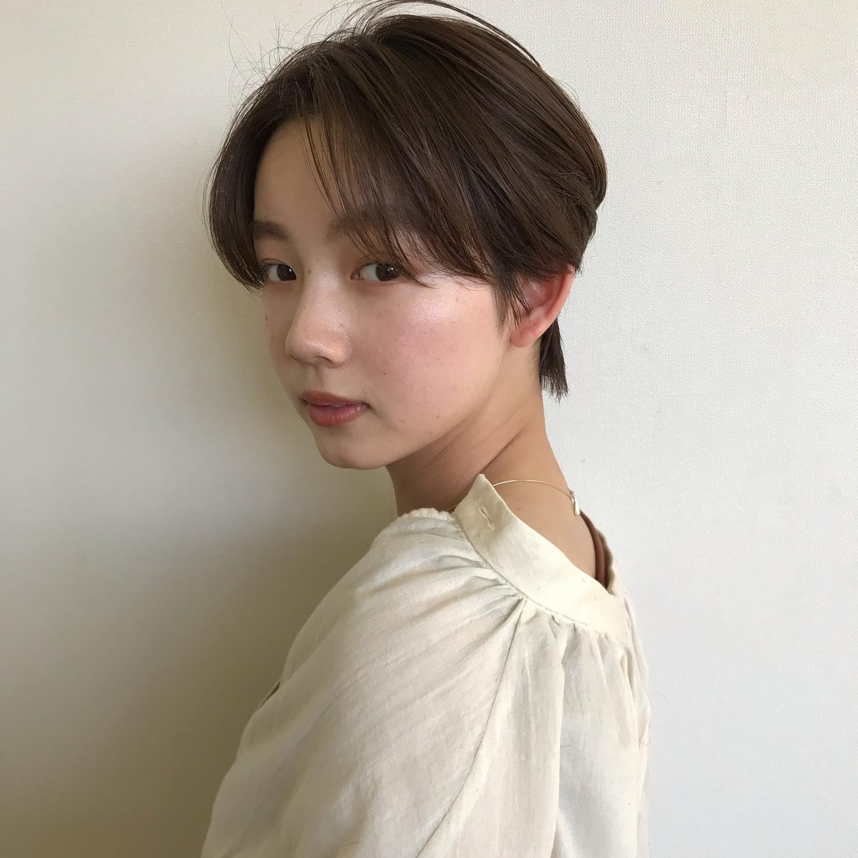 hair ... TOMMY ︎しおりじゃない方の妹@miyutomii88最近YouTubeやってますただいま営業時間を短縮して営業しております平日10:00〜17:00土日祝日9:00〜18:00火曜定休衛生管理を徹底し、ご予約の人数を減らして営業しております。私たちに出来る事は一生懸命やらせて頂きます︎ #今まで撮り溜めていたお客様写真#コロナが早く終息して大好きなお客様たちに会いたい#みんなのカットもカラーもパーマもしたい#コロナに負けるな@abond_tommy @heartyabond#tommy_hair #heartyabond#abond#カラー#ヘアカラー#アボンド#高崎#高崎美容室
