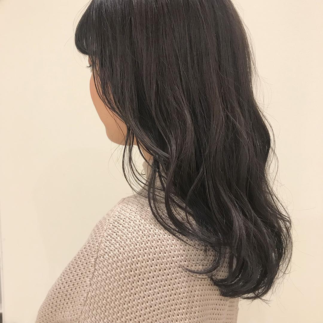 担当シオリ @shiori_tomii トーンダウンにグレージュカラー🦏🦍🦍ブリーチなしでいけます#abond #shiori_hair #グレージュ#高崎美容室