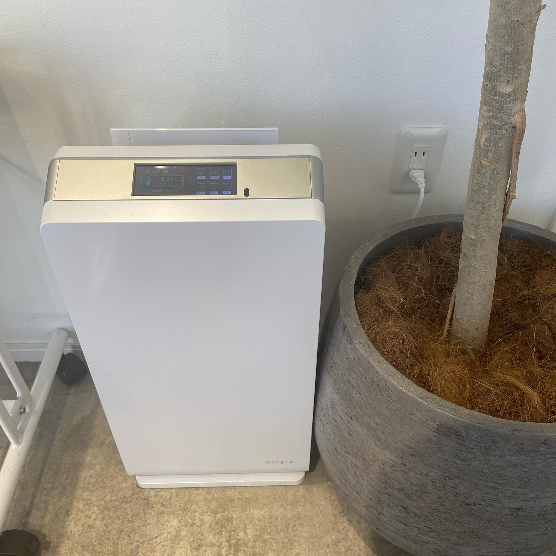 """ハイブリッド空気清浄機hearty &abondではこの機械を設置しております!オゾン濃度を調整して室内に""""拡散,付着,浮遊""""するウイルスを徹底除菌してます.#ハイブリッド空気清浄機"""